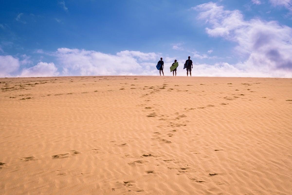 Boarding Te Paki dunes