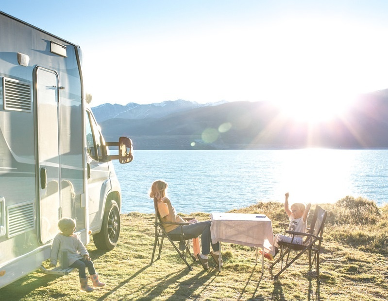 Camping table and chairs on your NZ campervan holidays