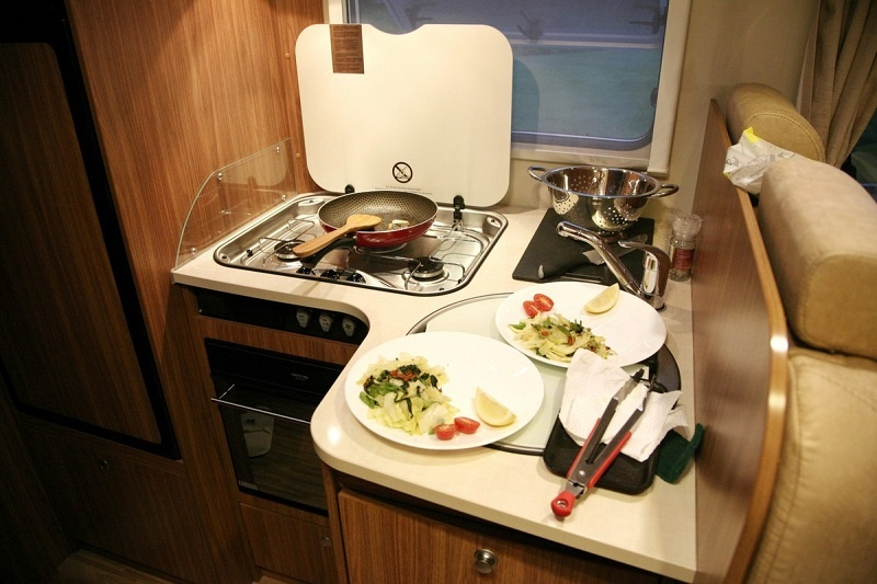 Top Tips for Cooking on the Road