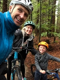Family biking at Redwoods Forest in Rotorua
