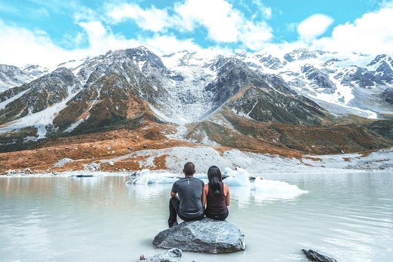 Hooker Lake in New Zealand South Island