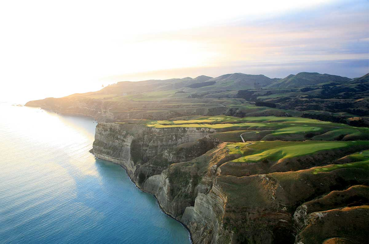 Cape-Kidnappers-Hawkes-Bay-Gary-Lisbon