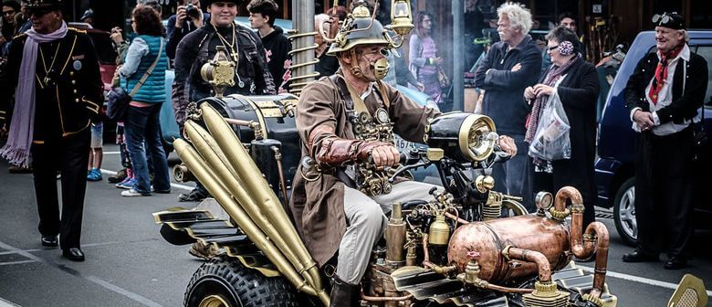 Steampunk parade thames