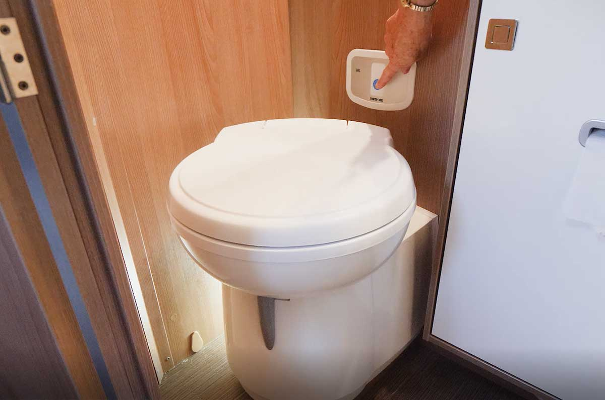 Toilet-in-motorhome