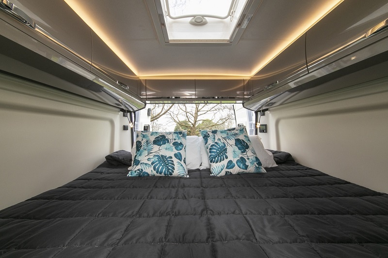 New Zealand Campervan rental - Vista 2 from Wilderness Motorhomes - King size bed