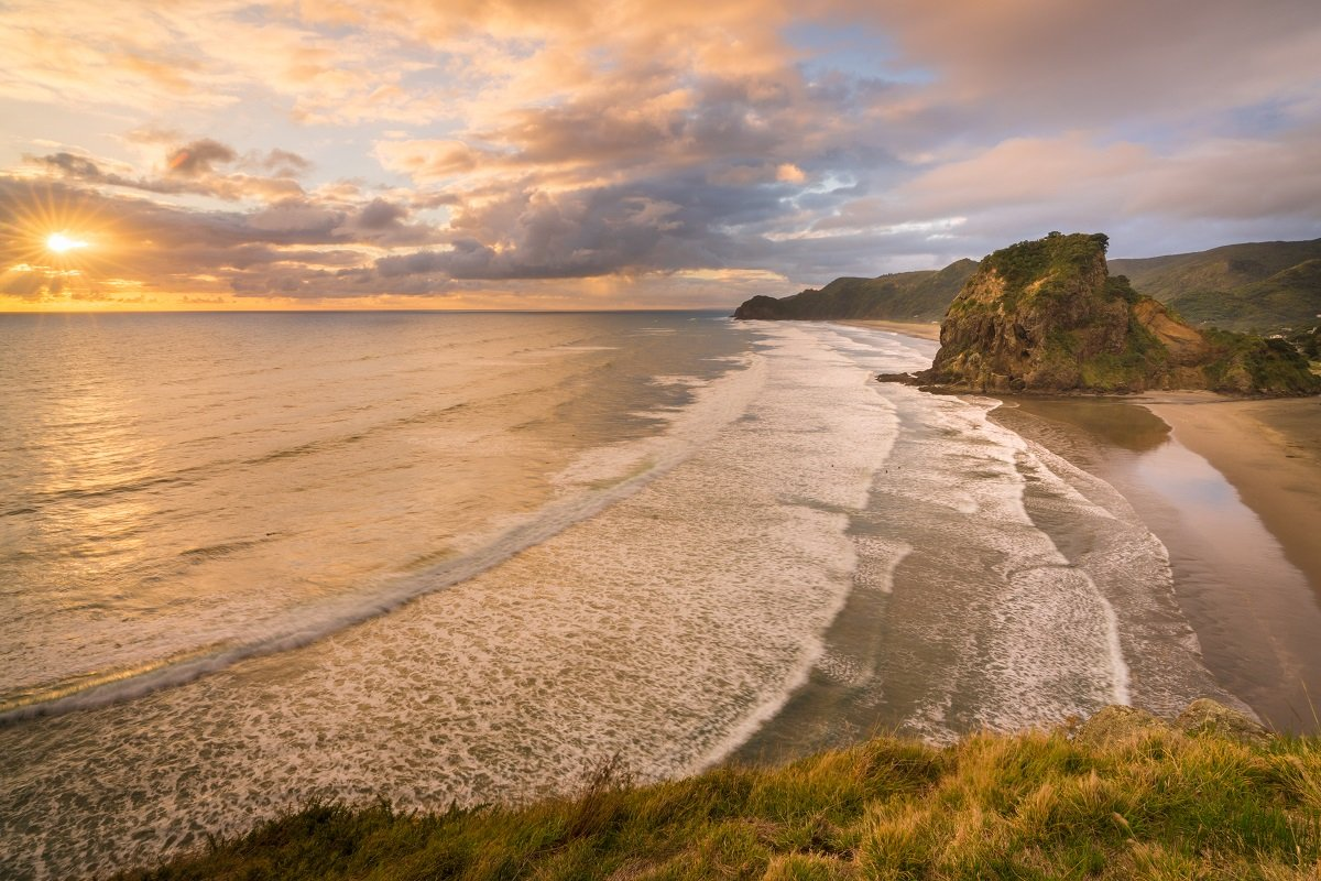 Piha golden sunset