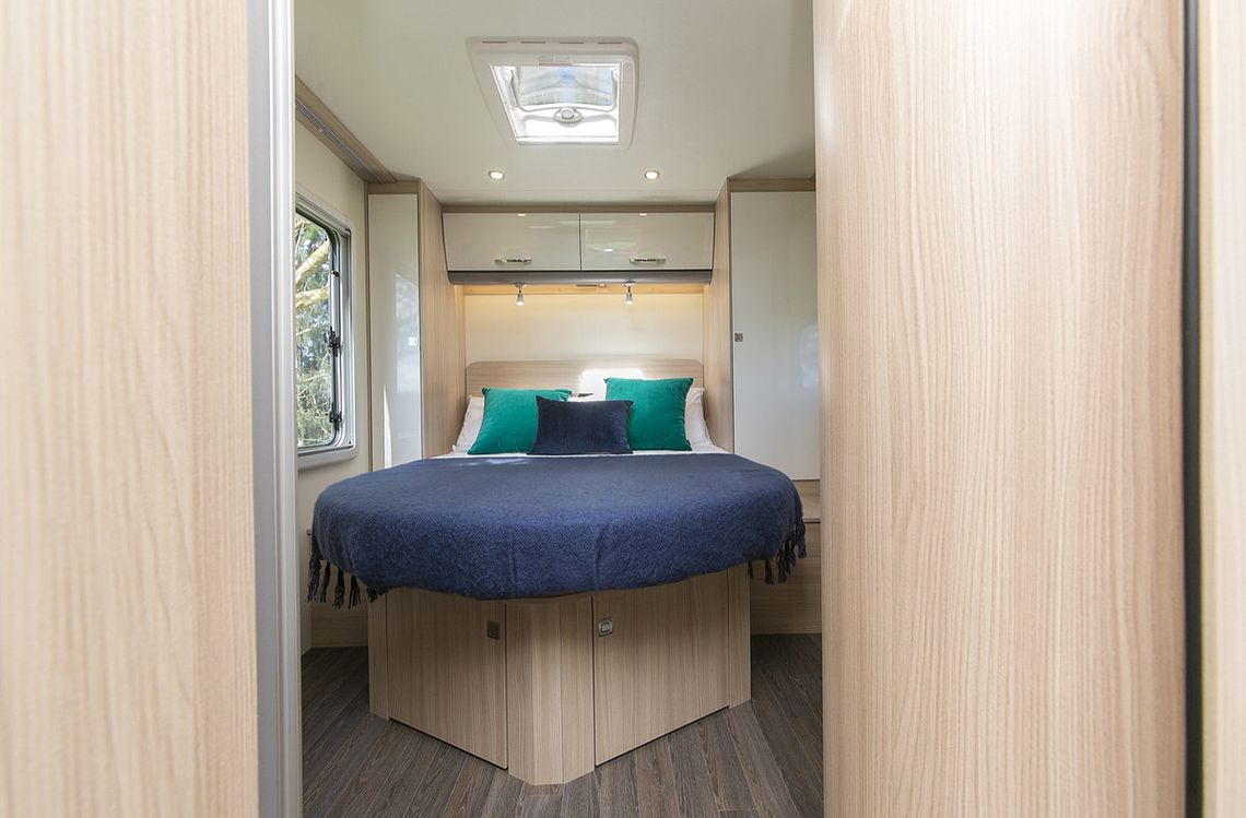 2-berth motorhome with island double bed