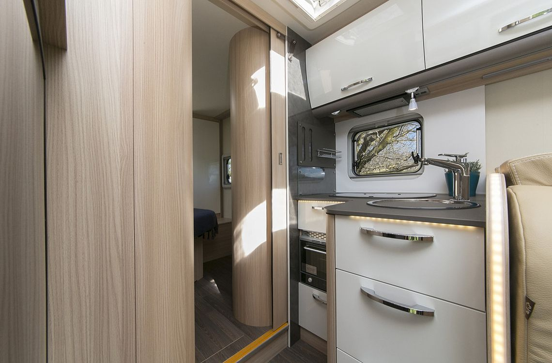 Double for 2 Motorhome - Kitchen