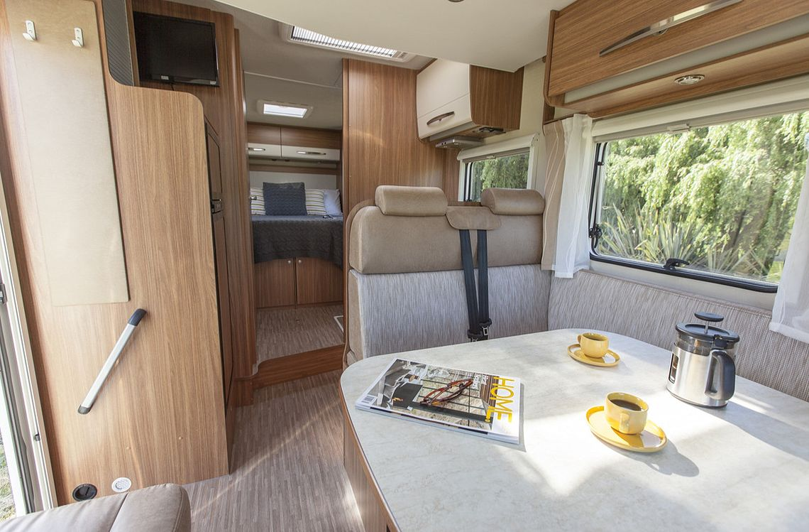 Double for 4 Motorhome - Lounge