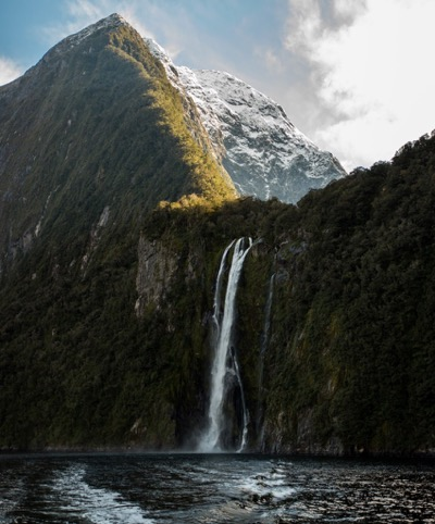 7. milford-sound-stirling-falls.jpg