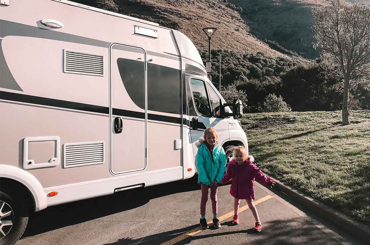 Children-next-to-parked-motorhome